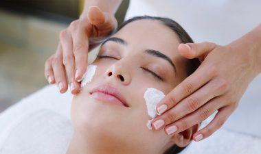 Facial LadyBug Body, Nails & Spa