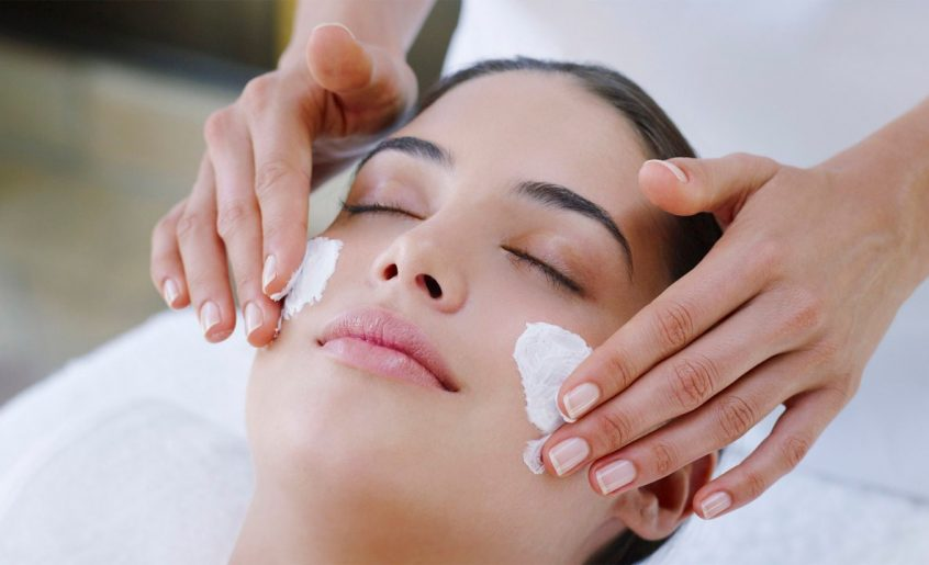 Facial LadyBug Body, Nails & Spa